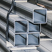 Stain­less steel squa­re tubes